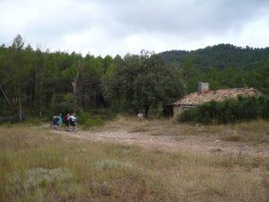 Casa Codos, donde se encuentra el barranco del Fresnal con el del Queixal.